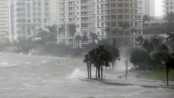 Waves crash over a seawall at the mouth of the Miami River from Biscayne Bay, Fla., as Hurricane Irma passes by, Sunday, Sept. 10, 2017, in Miami. (AP Photo/Wilfredo Lee)