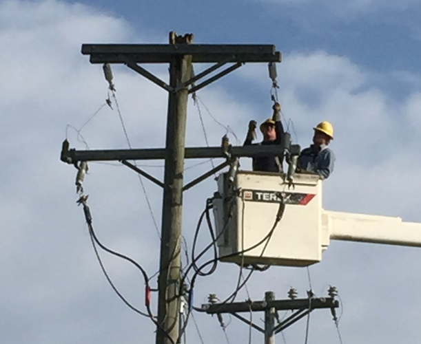 Linemen restoring power after outage, may lead to power surge