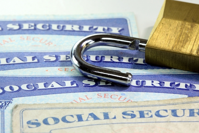 Identity theft/loss of personal privacy risk