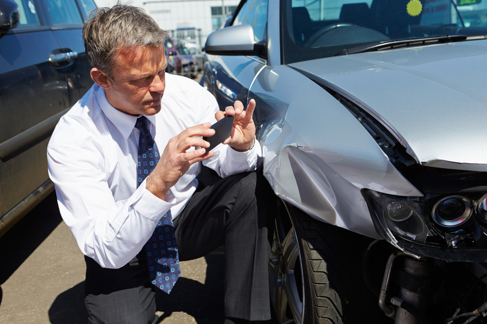 Insurance adjuster capturing data from a crash