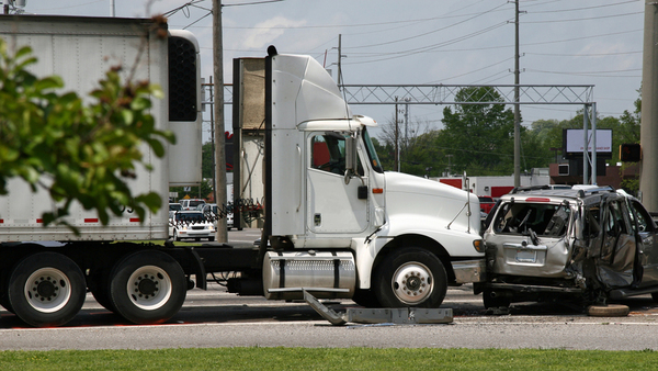 While the biggest tractor-trailers only account for 1% of vehicles on American roads, they are involved in a staggering 18% of fatal, multi-vehicle crashes. (Photo: iStock)