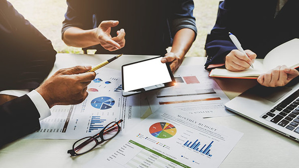 Underwriters now have thousands of data points that help them build predictive models, which may be more reliable for workers' comp pricing than traditional experience modification factors. (Photo: Shutterstock)