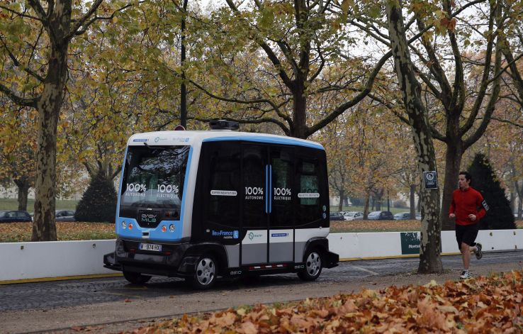 electric driverless shuttle produced by EasyMile