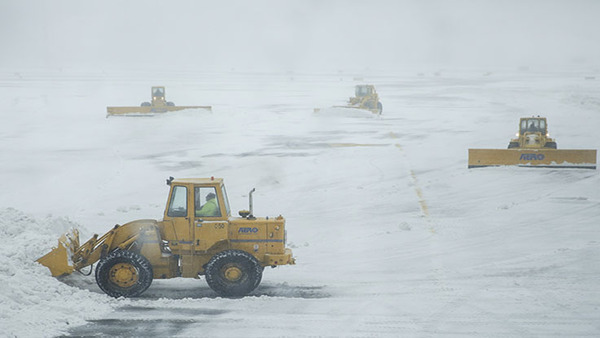 It can be difficult to get a sense of a snowstorm's severity when listening to the local weather reporter. (Photo: Bloomberg)