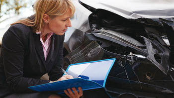 Daily responsibilities of an auto claims adjuster